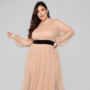 Fashion Nova Lacy Sunday Maxi Dress in nude sz 1X